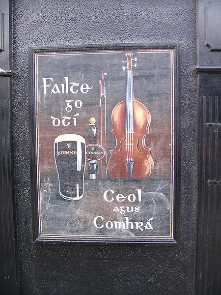 Reclama Guinness in irlandeza, in Kilkenny/Cill Chainnigh