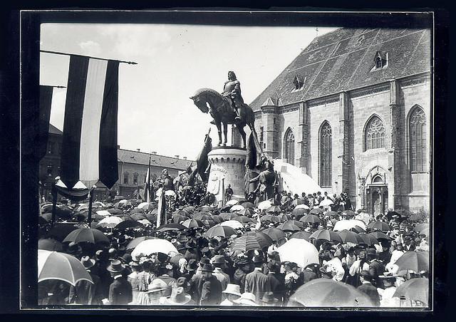 La botul si coada calului, in 1902