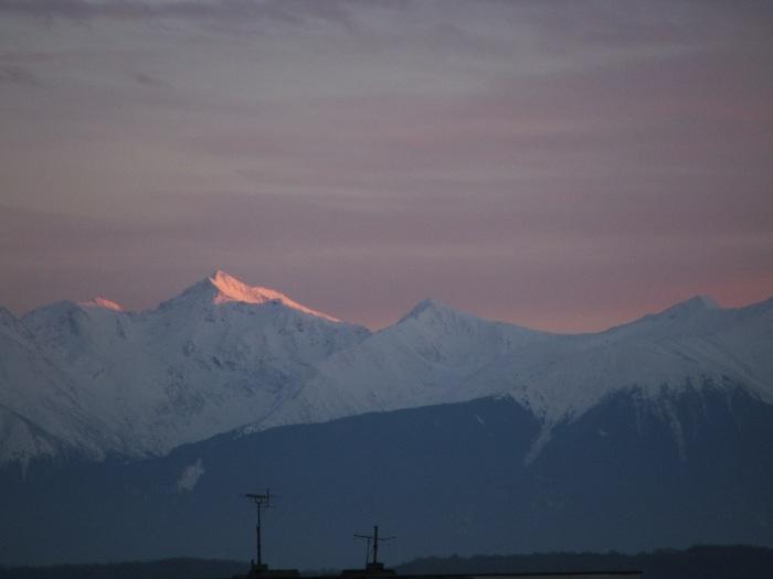 Munții Făgăraș văzuți din Sibiu