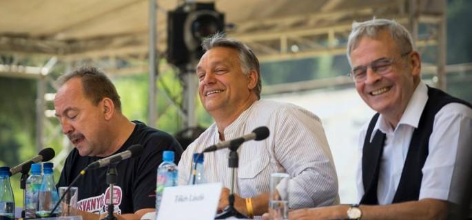 Orban-Viktor-Tusvanyos-2015-4-685x320