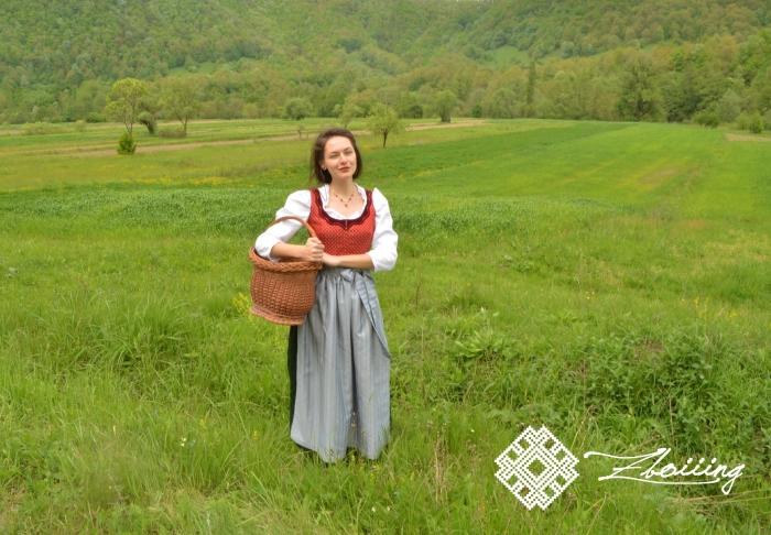 Costum austriac, 3